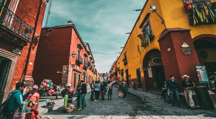 Nachtleben in Mexiko